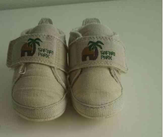Vendo Ténis bebé Tam.18-19
