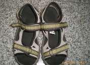 Vendo sandalias da quechua tam 32