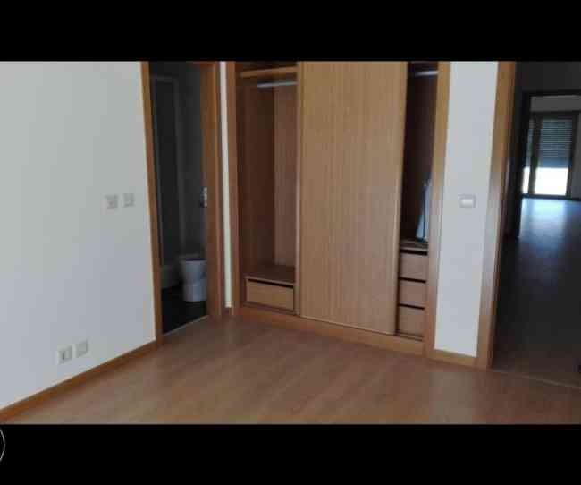 Lindo Apartamento t3 novo, com suite em vila franca de xira