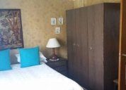 quarto espaçoso e confortável