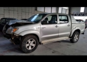 Aproveite!. toyota hilux 4x4 tracker