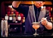 Precisa-se barman ou barmaid