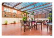 Vendo excelente apartamento t4 com enorme terraço