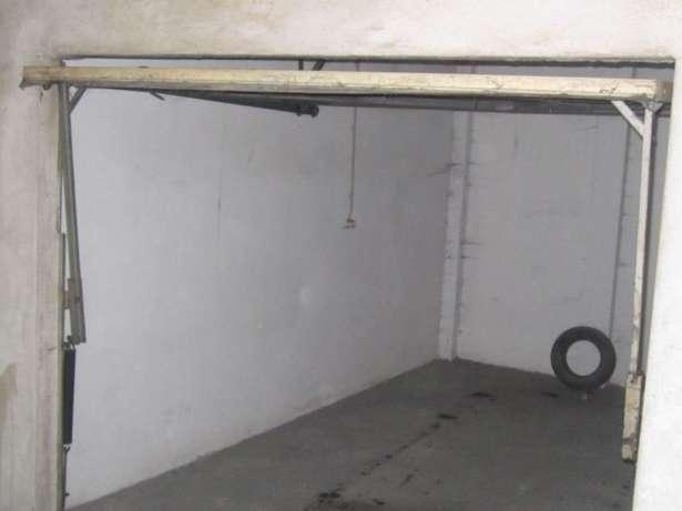 Excelente garagem fechada com 17m2