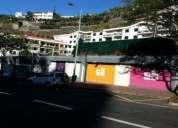 Excelente garagen e estacionamento