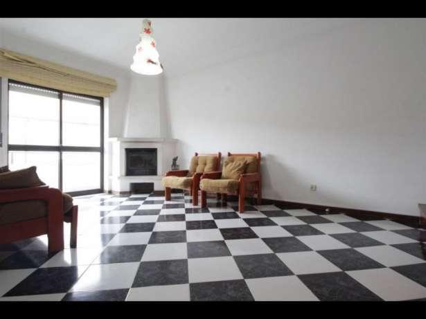 Excelente apartamento t2+sótão+apc,para venda.