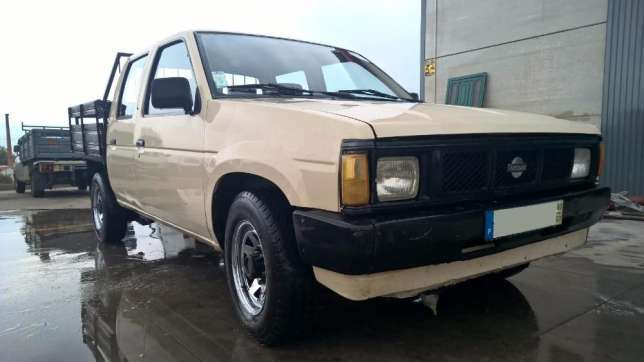 Excelente nissan pick up d21