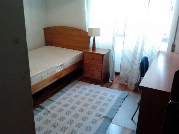 quartos para raparigas estudantes.