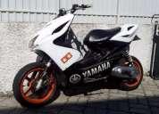 Yamaha aerox 70cc. contactarse.