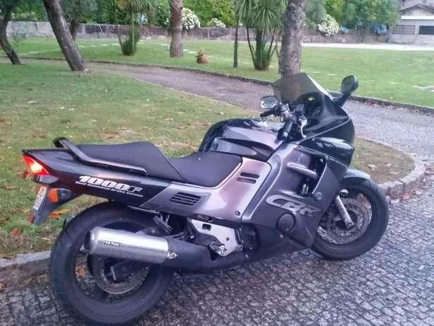 vendo Excelente moto honda cbr-1000