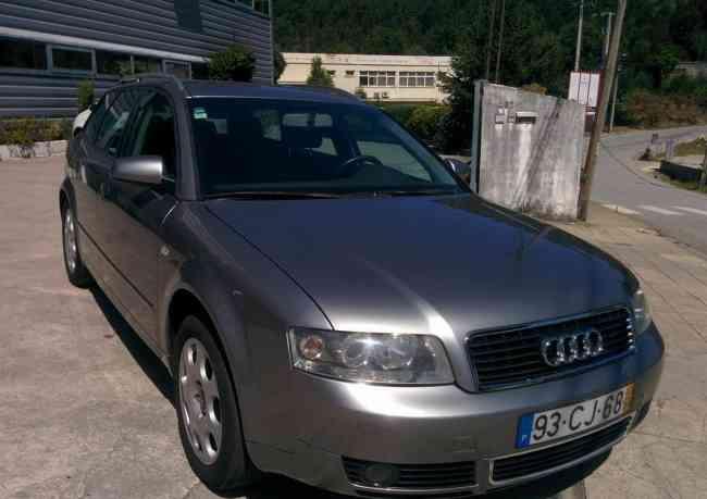 Audi A4 Avant 1.9   3500€