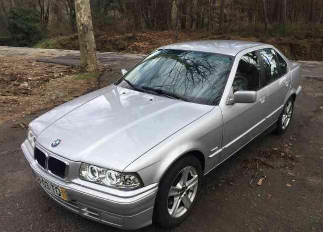 BMW 325 TD 4 portas  2500€
