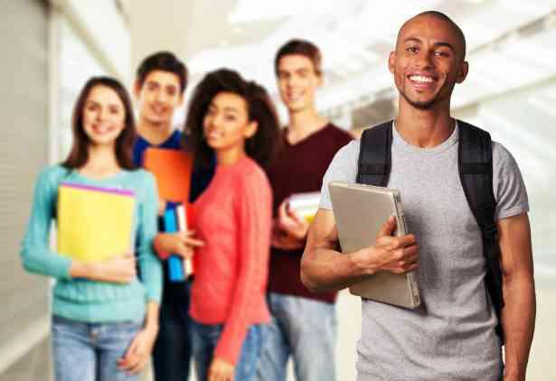 Estudantes Trabalho de Verão