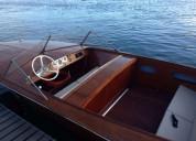 Barco lancha tipo riva motor volvo penta en porto