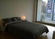 quarto com cama de casal em apartamento de estudantes en lisboa