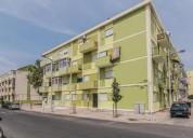 Apartamento t2 remodelado no lavradio 75 m² m2