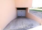 Grande garagem fechada para venda em sao martinho do porto en alcobaça