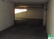 Otima garagem arrecadacao ao centro da maia