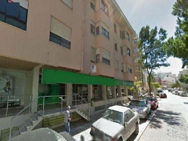 Oferta da escritura Garagem para 12 carros na Costa Caparica en Almada