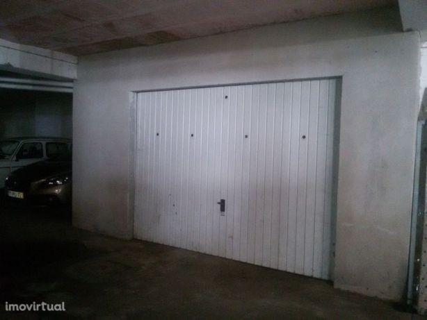 Garagem fechada en Vila Pouca De Aguiar