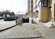 Parqueamento praca central telheiras en lisboa