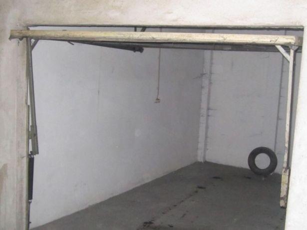 Garagem Fechada com Sao Joao da Madeira en São João da Madeira