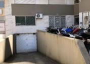 Parqueamento para moto en amadora