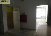 charneca caparica loja com cave muito bem localizada 28 m2