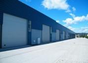 armazem novo com com grandes portoes e montras 225 m2