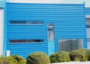 Algarve centrlal armazem novo com montra 225 m2