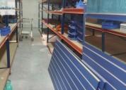 Armazem em zona industrial do feijo podera ficar com o que esta 400 m2