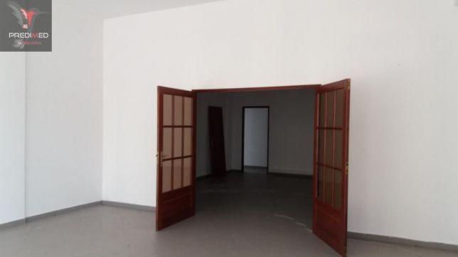 Loja para arrendar em Alcobaca 452 m2