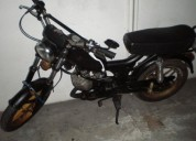 Casal boss 92 vendo ou troco mota acima 125 gasolina cor preto