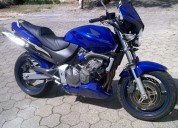 Honda hornet 600 gasolina cor azul