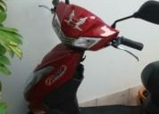 Vendo scooter eléctrico cor vermelho