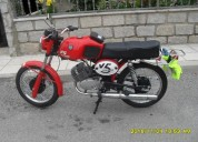 Motorizada para venda gasolina cor laranja