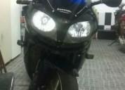 Vendo moto cor preto
