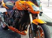 Mota muito boa gasolina cor laranja