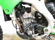 Kawasaki kxf gasolina cor verde