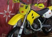 Vendo suzuki rm gasolina cor amarelo