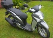 Yamaha xenter 125 gasolina cor cinzento