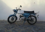 Vende se motorizada casal gasolina cor azul