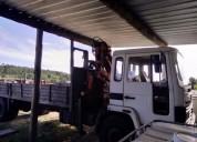 Camiao volvo com grua diesel cor branco caixa manual