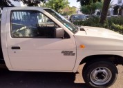 Nissan d21 diesel cor branco caixa manual