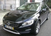 Volvo v60 cc 2.0 d3 momentum geartronic  14000 eur