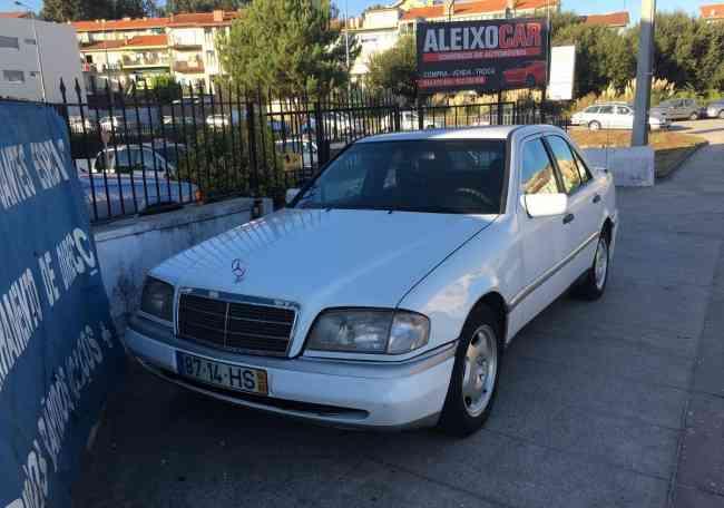 Mercedes-Benz C 220 Full extras