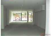 Loja bem localizada a 50 m de santo ovidio 118 m2