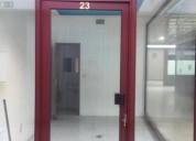 Loja com duas vitrinas gaia galeria soares dos reis 14 m2