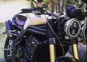 Triumph speed triple 1050 scrambler. contactarse.