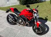 Ducati monster 821 versao stripe